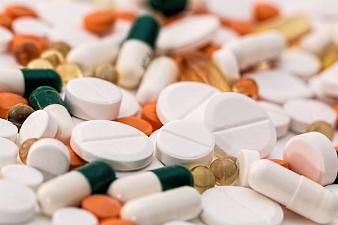 Антибиотики: кому, когда и как принимать